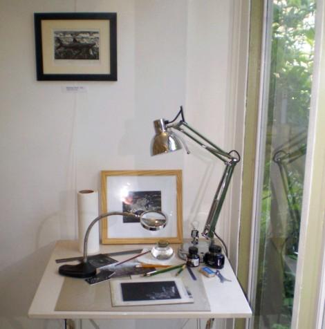 Toms-desk